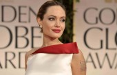 Angelina Jolie usunęła piersi