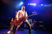 """New Order - """"Live at Bestival 2012"""" - recenzja muzyczna"""