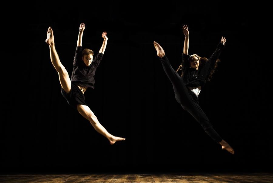 """Tancerze spektaklu """"Jego"""""""