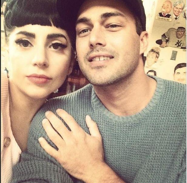 Lady Gaga i narzeczony urządzają gniazdko